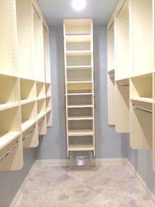 0ec16ae106841486_5760-w500-h666-b0-p0-traditional-closet