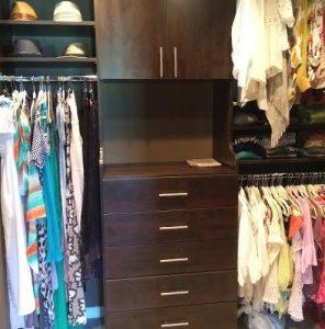 0f51e2f106732880_3097-w494-h500-b0-p0-contemporary-closet
