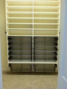 40616aa906744c55_9625-w500-h666-b0-p0-traditional-closet