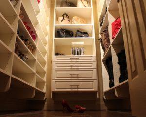 9bf1bdea072b6bbc_9255-w500-h400-b0-p0-traditional-closet
