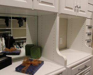 2ea16a1207a4bc60_2138-w500-h400-b0-p0-modern-closet