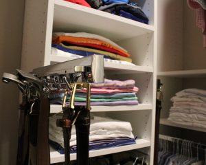 4611566507a4b5f8_2050-w500-h400-b0-p0-modern-closet