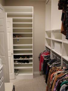 98f172c807a4bc6e_2138-w500-h666-b0-p0-modern-closet