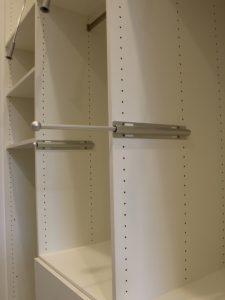 f921f6d107bfb80d_8895-w500-h666-b0-p0-contemporary-closet